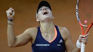 Kerber fordert Wozniacki