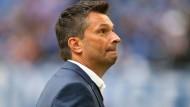 Und alle Fragen offen: Manager Christian Heidel