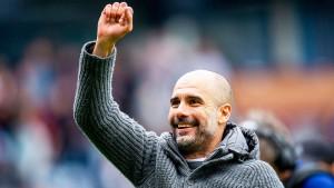 Guardiola bleibt mit Manchester auf Titelkurs