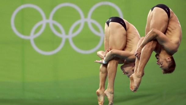 Deutsches Duo springt knapp an Medaille vorbei