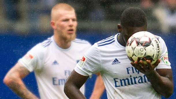 Drama beim HSV – Debakel für St. Pauli