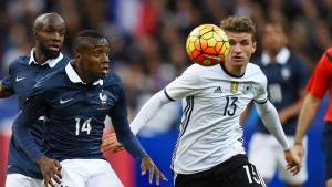 Frankreich und Deutschland Kopf an Kopf