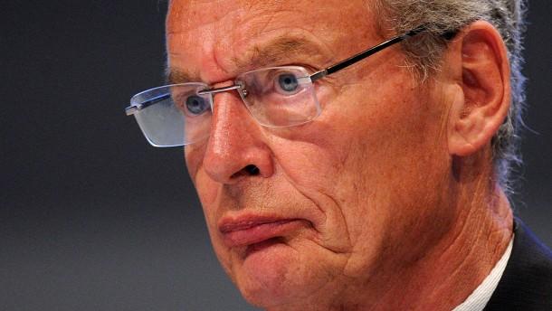 Cromme legt Amt als Aufsichtsratschef nieder