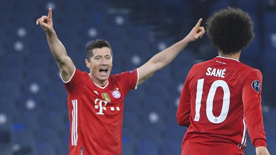 Robert Lewandowskis Tor zur Führung legte den Grundstein für den klaren Sieg des FC Bayern in Rom.