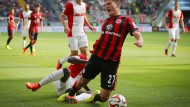 Kein Elfmeter: Ignjovski fällt, doch der Schiedsrichter pfeift nicht