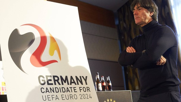 Der DFB sagt 'Ja' zu deutschem Wasser