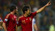 Spanien und England erfüllen ihre Pflichten