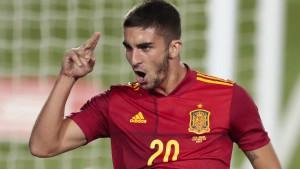 Auch Spanien startet erfolgreich ins Turnier