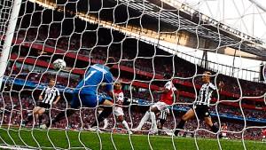 Arsenal erspielt sich Vorteil