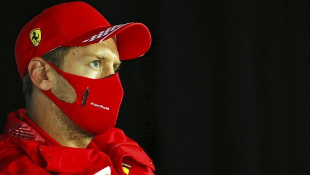 Vettel und der rätselhafte Pinkpfeil