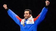 Ein gewohntes Bild in Oslo: Martin Fourcade mit einer WM-Goldmedaille.