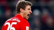 Gut gebrüllt: Thomas Müller trifft mal wieder für die Bayern in der Bundesliga.