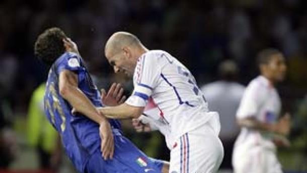 Zwölf Platzverweise in der Karriere von Zidane