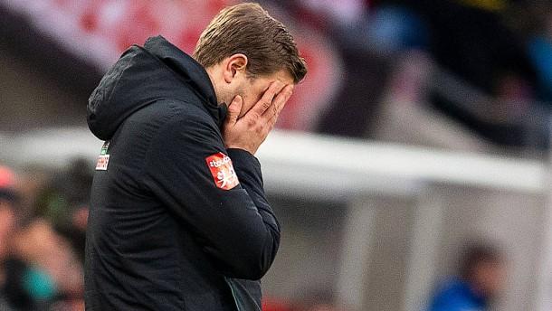 Warum Werder an Trainer Kohfeldt festhält