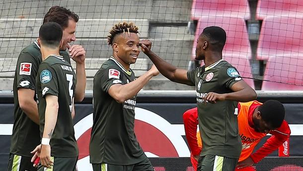 Der FC steht Spalier bei Mainzer Aufholjagd
