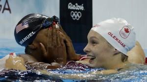 Unglaubliches Finale im Schwimmbecken
