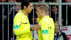 Spiel St. Pauli gegen Schalke abgebrochen