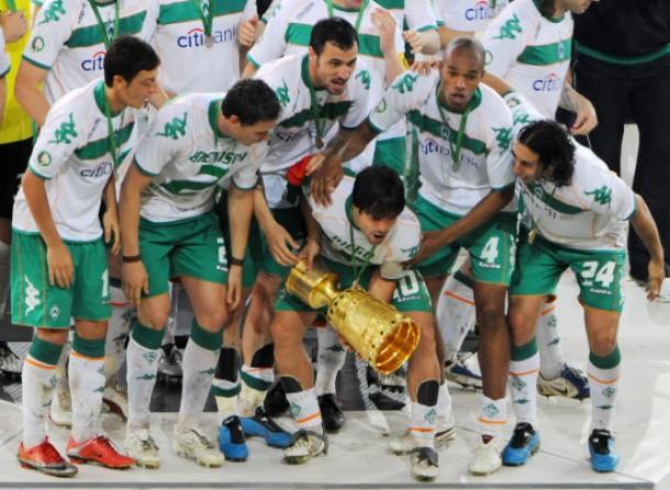 Diego holt vor dem Abgang nach Turin nochmal zum großen Wurf aus