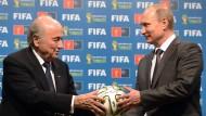 Putin stellt sich hinter Blatter