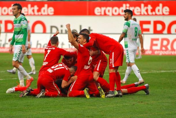 Rb Leipzig Und 1 Fc Nürnberg Siegen In 2 Fußball Bundesliga