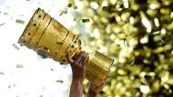 Heimspiele für Bayern und Dortmund