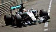 Hamilton hängt Rosberg ab