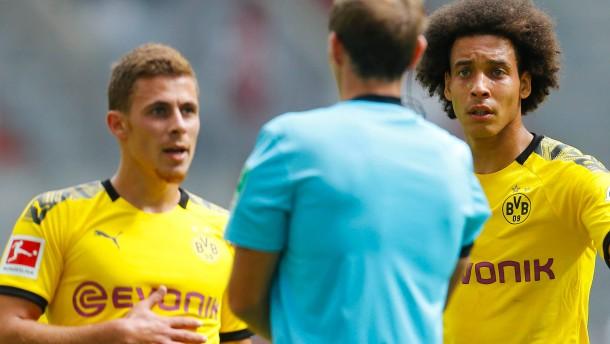Ärger bei Dortmund nach dem späten Sieg