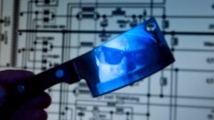 Smartphones und Stromnetze ziehen Hacker an