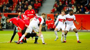 Bredlows Faust hilft Leverkusen ins Viertelfinale