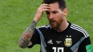 Lionel Messi und die Argentinier haben es bisher nicht leicht in der Vorrunde der WM.