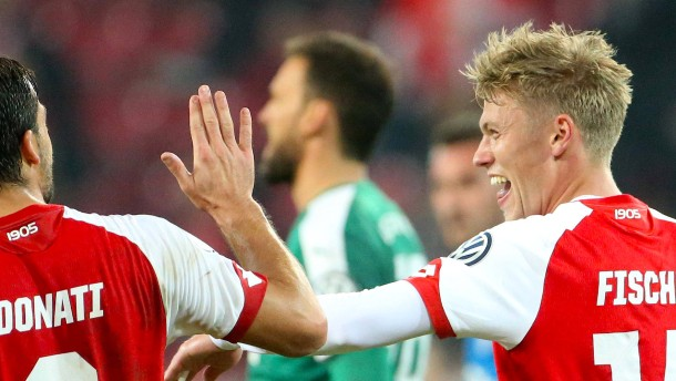 Mainz mit Mühe gegen Kiel