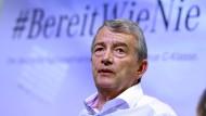 """Wolfgang Niersbach. """"Das ehrgeizigste Ziel ist sicher, die Europameisterschaft 2024 zu holen"""""""
