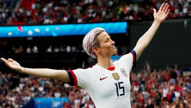 Die Jeanne d'Arc des internationalen Fußballs