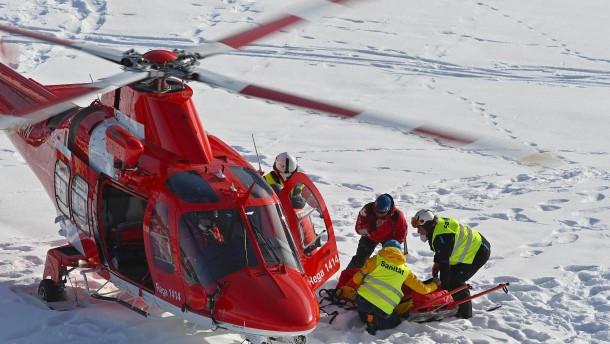 Schwerer Unfall überschattet den Riesenslalom in Adelboden