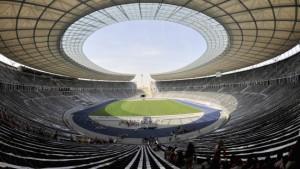 Elf Städte wollen auf Weltkarte des Fußballs