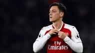 Sieg für Arsenal bei Özil-Comeback