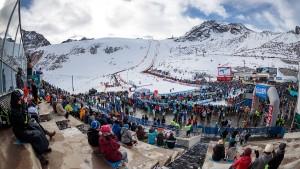 Sturm auf dem Gletscher verhindert Rennen in Sölden