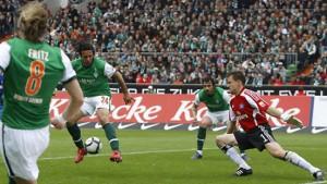 Werder dank Pizarros Hacke Richtung Champions League