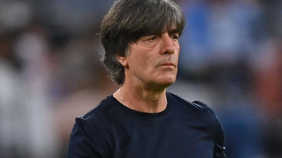 Fehlstart ins letzte Turnier: Bundestrainer Joachim Löw