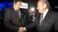 Wie weit zieht Blatter Platini mit in den Sumpf?