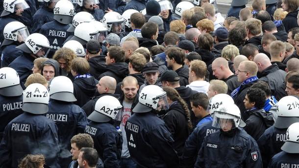 Ein Hauch von G20 beim Fußball in Hamburg