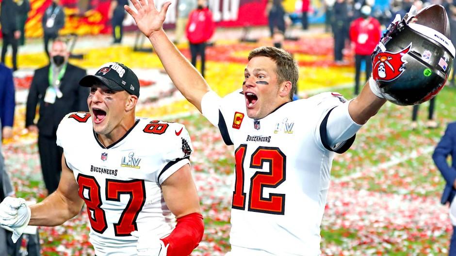 Kommen Sie nach Deutschland? Tom Brady (rechts) und Rob Gronkowski, in der vergangenen Saison Super-Bowl-Sieger und Spieler der Tampa Bay Buccaneers