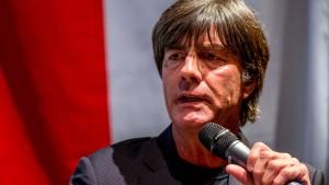 Löw kritisiert Dortmund nach Randale scharf
