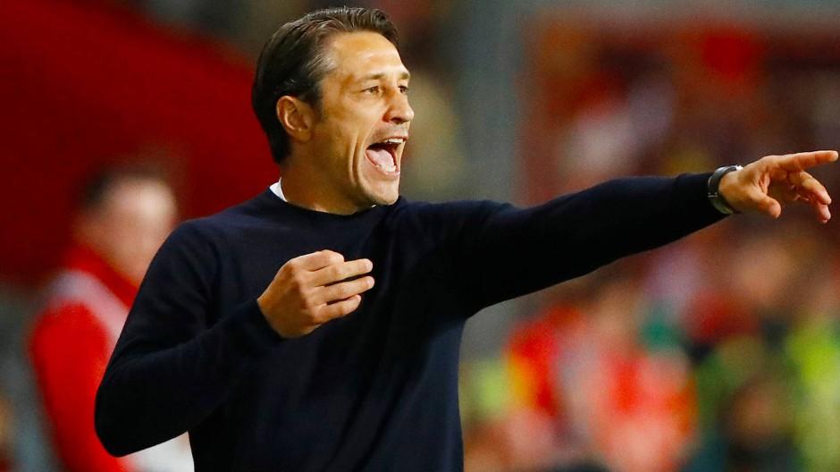 Freut sich über die Sieg, ärgert sich über etwas anderes: Bayern-Trainer Niko Kovac beim Pokalspiel in Cottbus