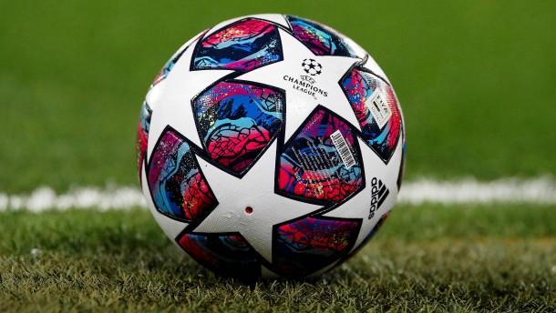 Das knifflige Puzzle des europäischen Fußballs