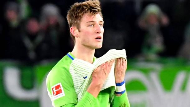 Wolfsburg besiegt sich selbst