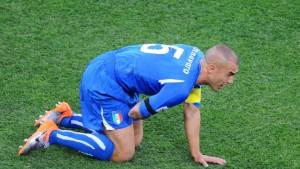 Italien braucht einen Elfmeter zum Ausgleich