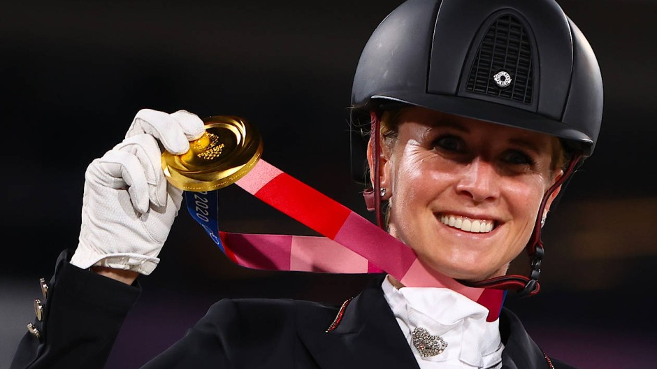 Gold in Tokio: Jessica von Bredow-Werndl ist Olympiasiegerin.