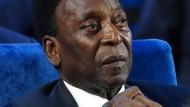 Pelé hatte in den vergangenen Jahren immer wieder gesundheitliche Probleme.