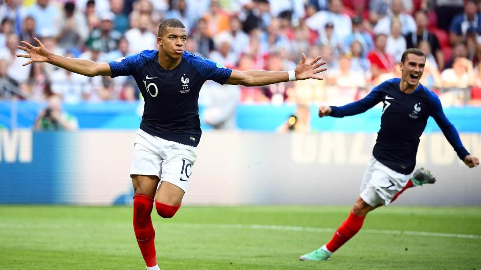 Frankreich fliegt ins Viertelfinale: Kylian Mbappé ist der Mann des Tages